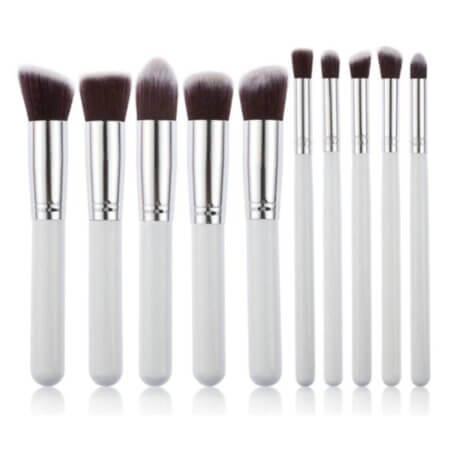 set-10-pics-brushes-make-up-white