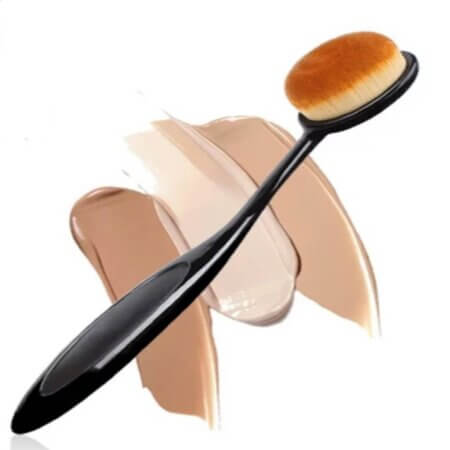 Blusher-brush-make-up