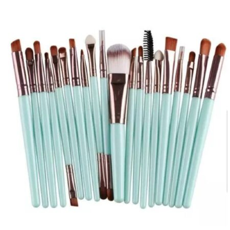 20pics-brushes-makeup-soft-tirquaz