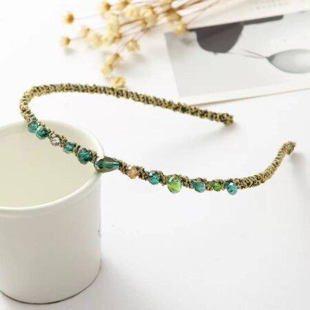 headband-rocks-colour-woman
